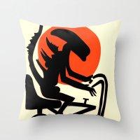 alien on a chopper Throw Pillow