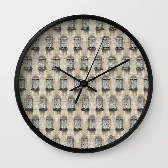 closed#06 Wall Clock