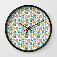 Pattern Project #14 / Bunny Faces Wall Clock