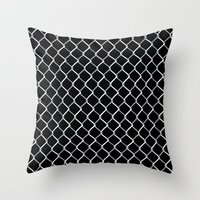 Chain Link On Black Throw Pillow
