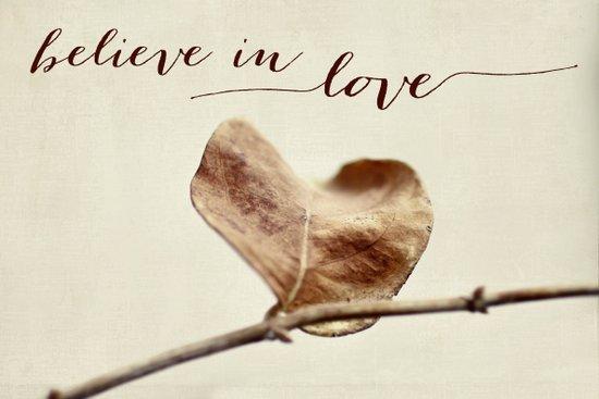 believe in love Art Print