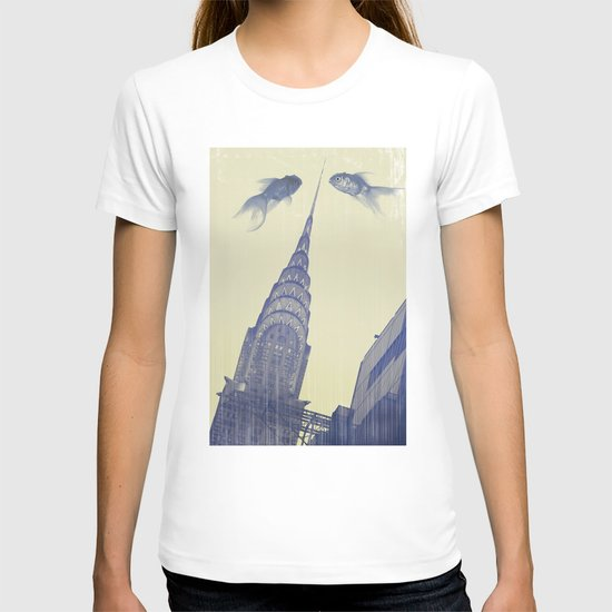 chrysler gold fish T-shirt