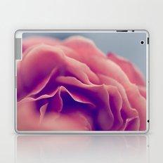 FEARFUL SYMMETRY Laptop & iPad Skin