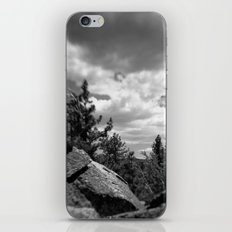 Storm a coming iPhone & iPod Skin