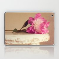 peonie Laptop & iPad Skin