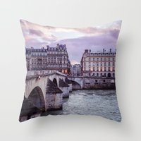 Le Pont Royal, Paris. Throw Pillow