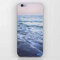 Pacific Ocean Waves iPhone & iPod Skin