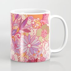 Detailed summer floral pattern Mug