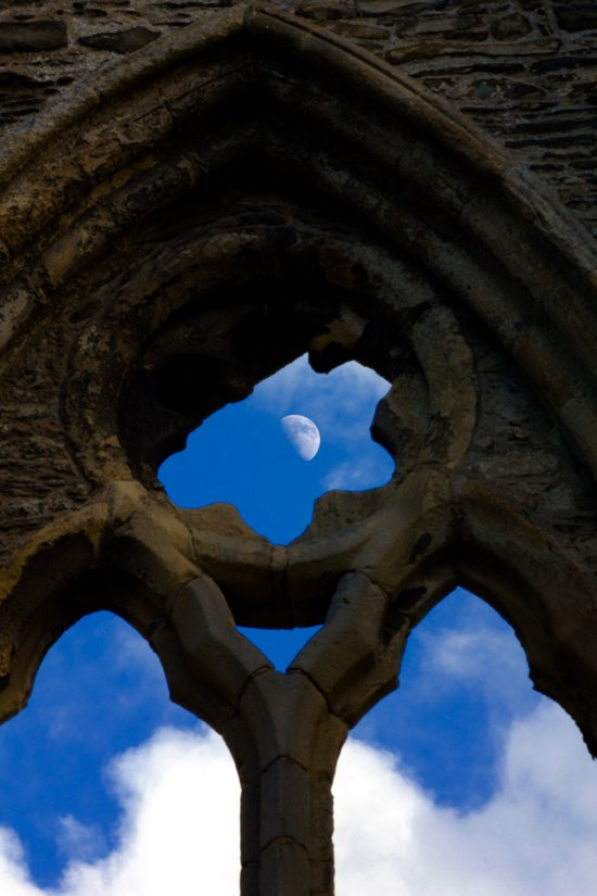 Penned in like a moon between arches Art Print