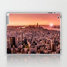 Manhattan in red Laptop & iPad Skin