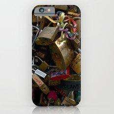 Lovers locks iPhone 6s Slim Case