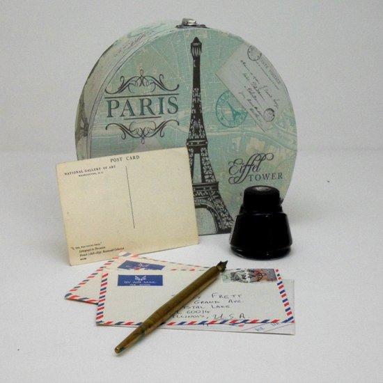 Love Letters From Paris 2 Art Print