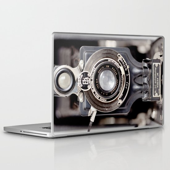 67-6 VINTAGE CAMERA COLLECTION  Laptop & iPad Skin