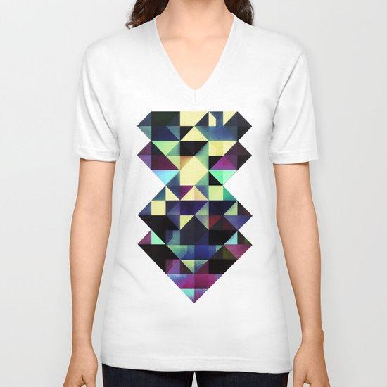 no rylyf V-neck T-shirt