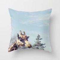 giraffe... Throw Pillow