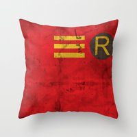 Robin Throw Pillow