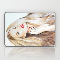 Rosie Huntington Whitele… Laptop & iPad Skin