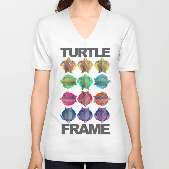 Turtle Frame V-neck T-shirt