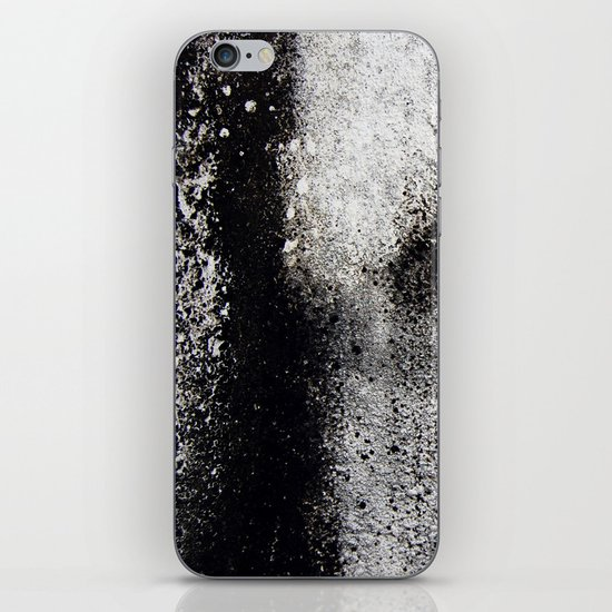 Negro sobre Blanco iPhone & iPod Skin