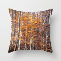 Golden brown leaves Throw Pillow