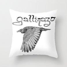 Gallinazo Throw Pillow
