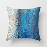 C32H18N8 Throw Pillow