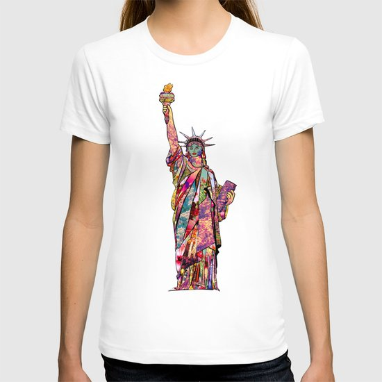the french gift: statue of liberty T-shirt