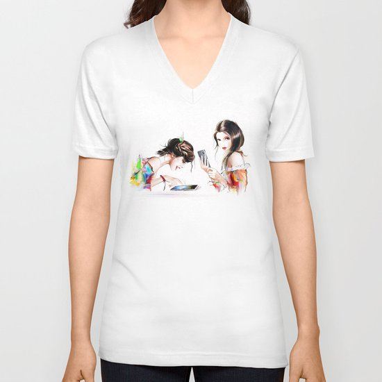 play2 V-neck T-shirt