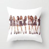 K-pop W/c Throw Pillow