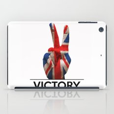 Hand making the V sign united kingdom country flag painted iPad Case