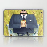 Pigeon Attack! Laptop & iPad Skin