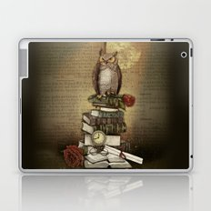 The Bibliophile - (the lover of books) Laptop & iPad Skin
