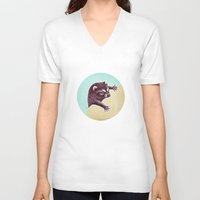 Climbing Raccoon Unisex V-Neck