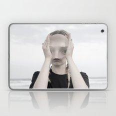 Magnified9594 Laptop & iPad Skin