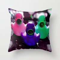 Squeaky duck Throw Pillow