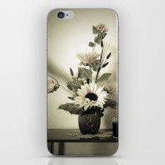 Natura Artificial iPhone & iPod Skin