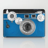 Dazzel blue Retro camera iPad Case