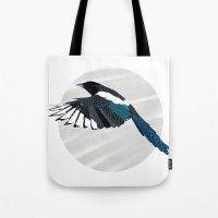 Magpie In Flight Tote Bag