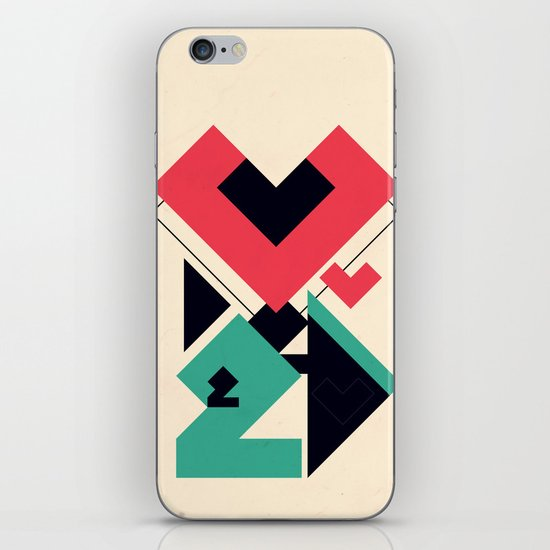 Love 2 play iPhone & iPod Skin