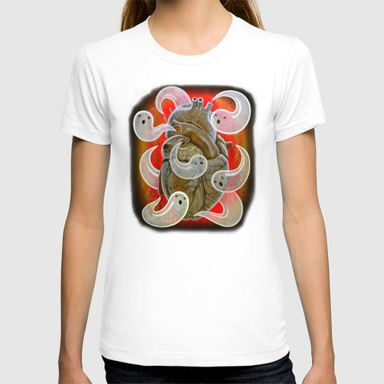 """""""A HEART FULL OF GHOSTS"""" T-shirt"""
