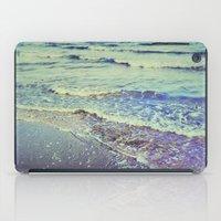 Retro Beach. Summer Wave… iPad Case