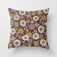 Retro Floral Sheet Purpl… Throw Pillow