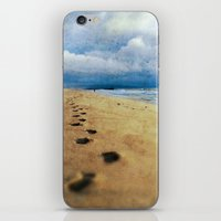 Footprints In The Sand (… iPhone & iPod Skin