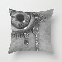 Life Is Moking Me Throw Pillow