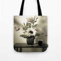 Natura Artificial Tote Bag