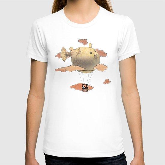 Panda fliying in a Blow fish 2 T-shirt