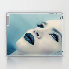 CLOSING IN Laptop & iPad Skin