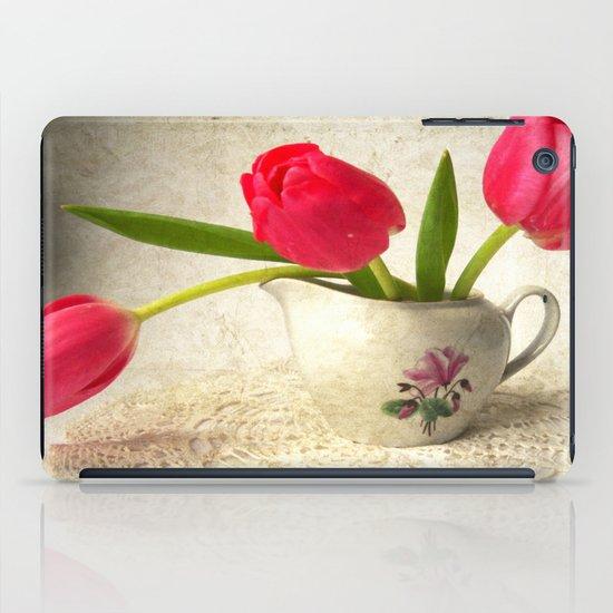 Vintage Tulips iPad Case