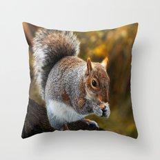 ANIMALS-Squirrel nutkin Throw Pillow
