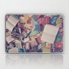 Book mania! (2) Laptop & iPad Skin
